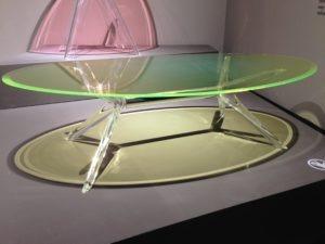 Tavolo Ovale Trasparente in Metacrilato