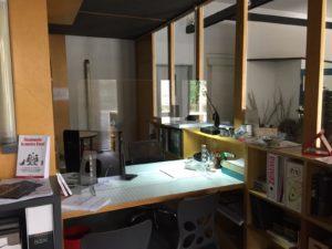 Barriere Protettive in Plexiglass per Uffici