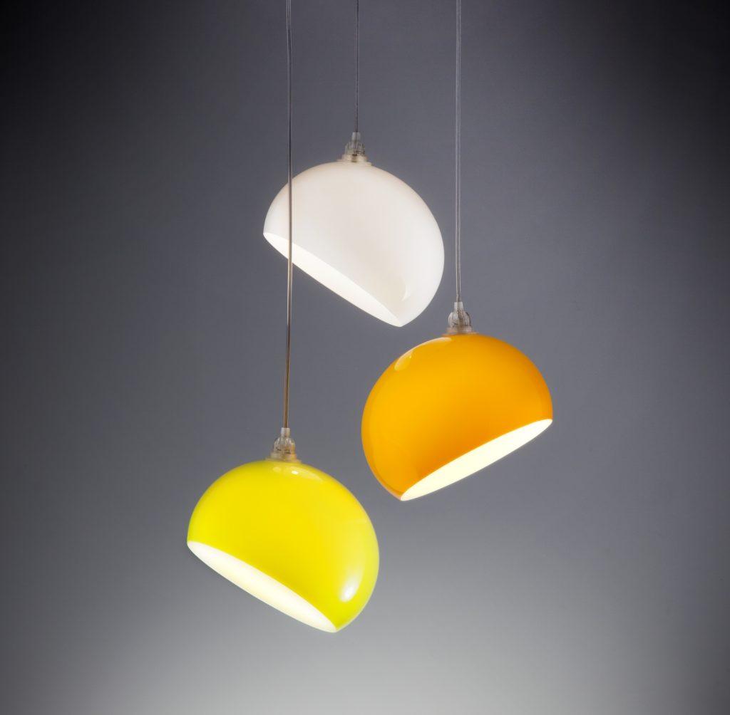 Lampadari ottenuti mediante termoformatura di metacrilato plexiglass