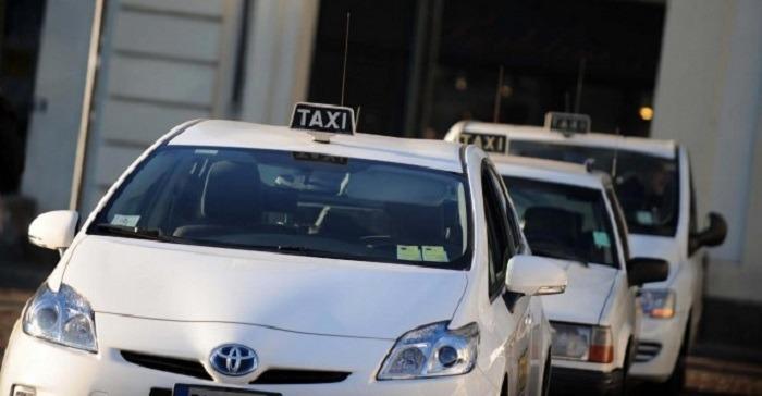 Barriere Protettive per Taxi anticovid parafiato parasputi
